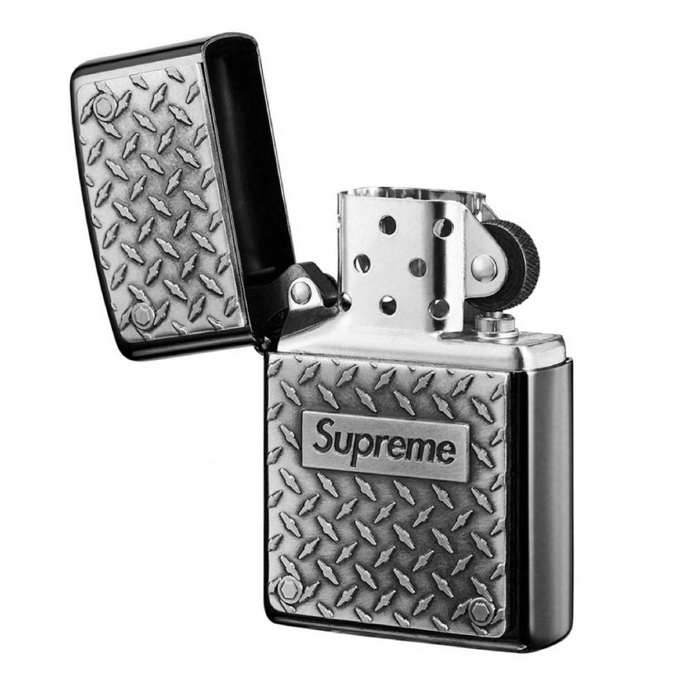 Supreme Diamond Plate Zippo (Silver)