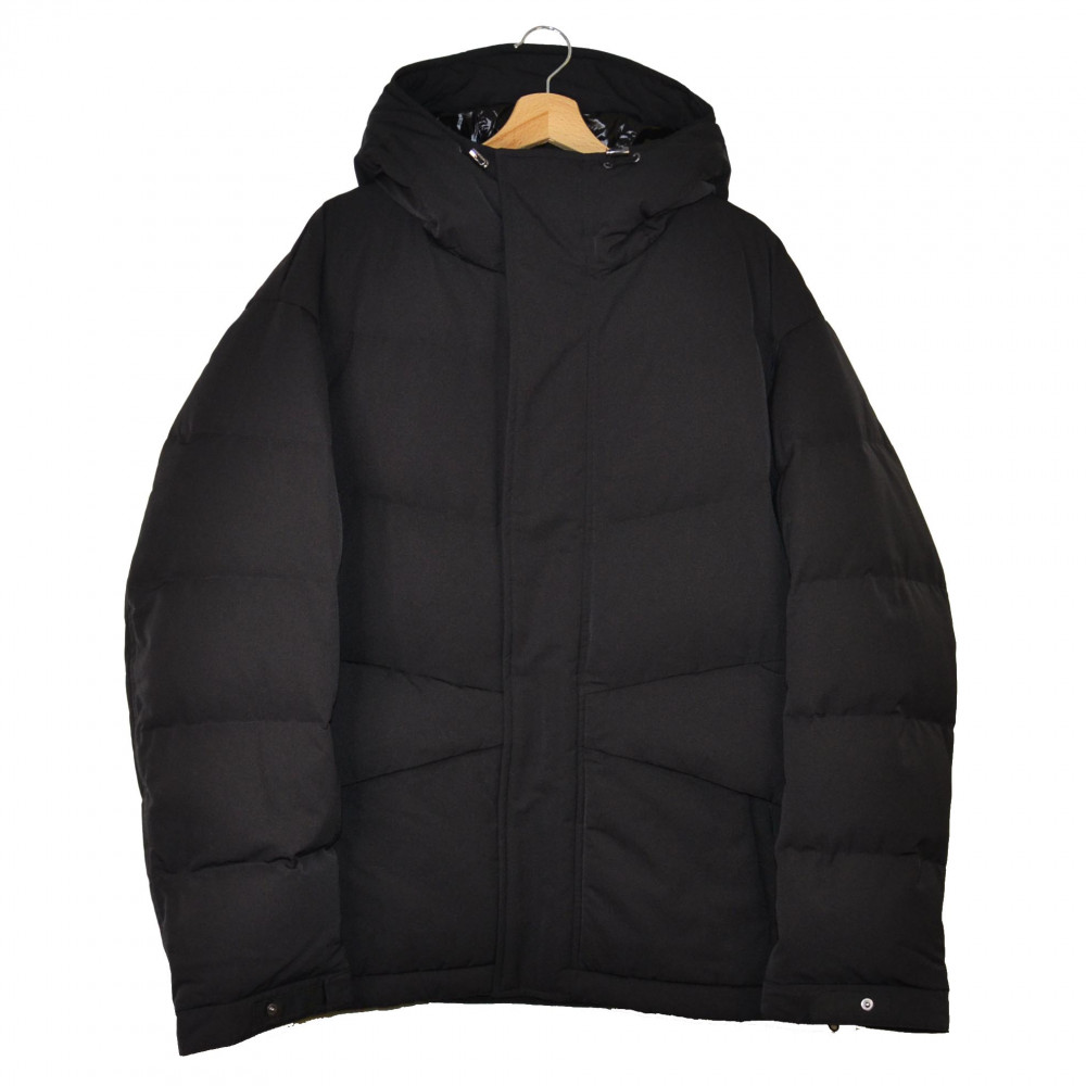 Jil Sander x Uniqlo +J Hybrid Down Oversized Jacket (Black)